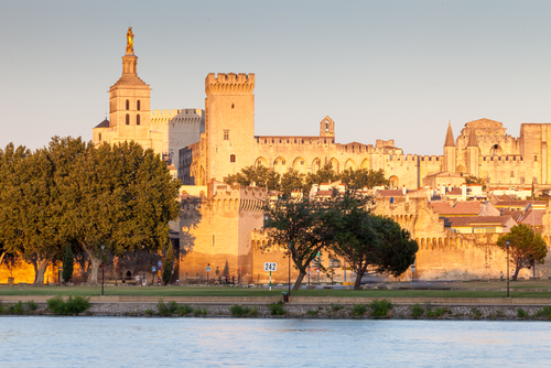 Avignon Crédit photo : Shutterstock Images